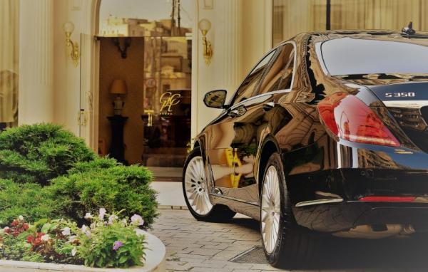 Private Chauffeur Services in Romania - Cover Image
