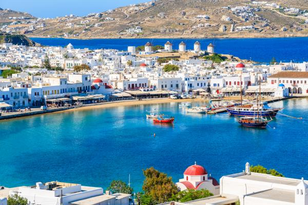 Four Amazing Experiences to Look Forward To In Mykonos - Cover Image