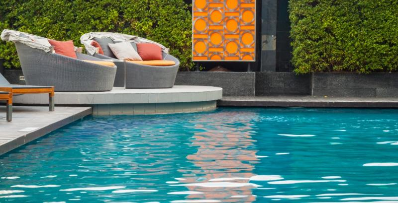 Exciting Swimming Pool Trends in 2017, to give you Pool Envy!