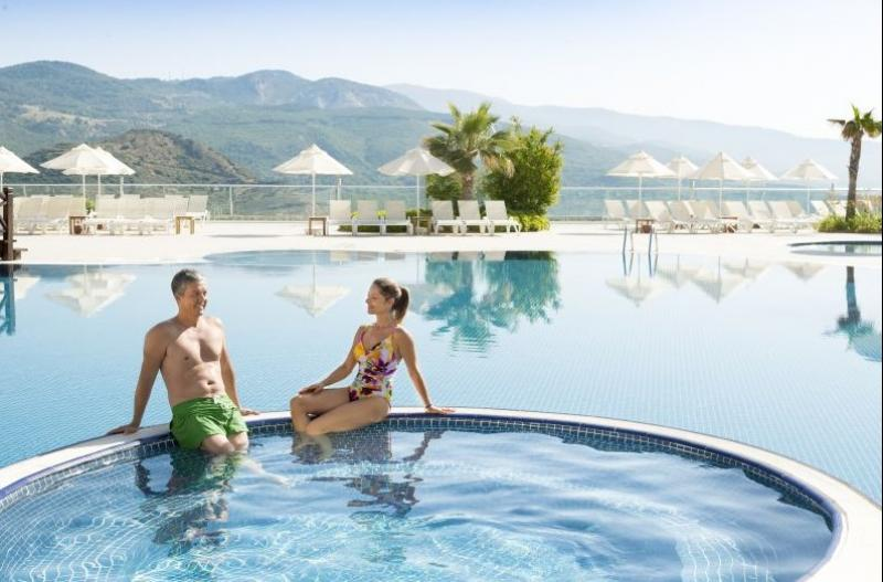 Can a Holiday Really Be Free? CLC World Travel Centre Review