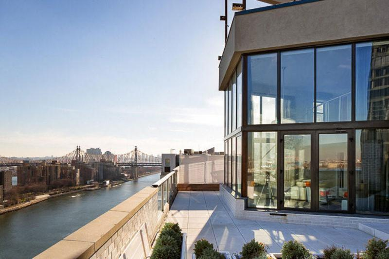 Frank Sinatra's luxury penthouse apartment on sale for $5 million