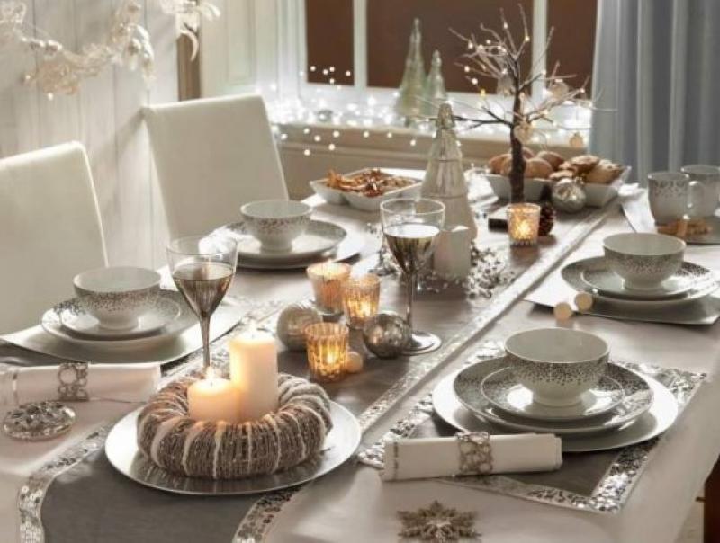 Christmas Dining Room Design Ideas
