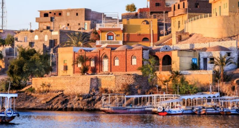 "Egypt to introduce new law against ""pestering tourists"""