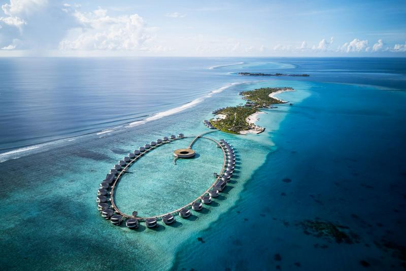 Ritz-Carlton Opens Its First Hotel In The Maldives