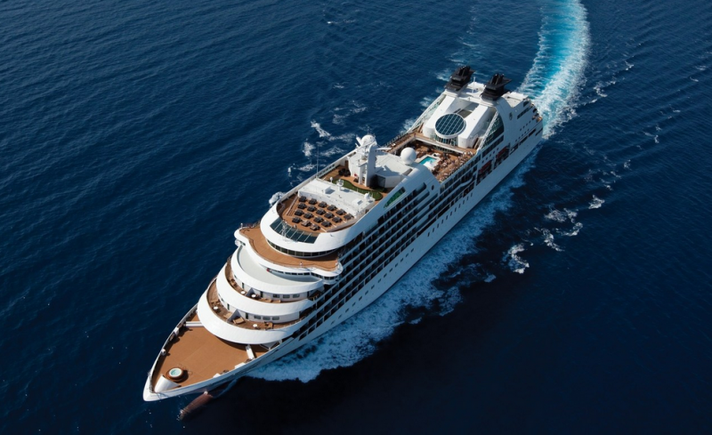 Seabourn Kicks Off The Holiday Season With A