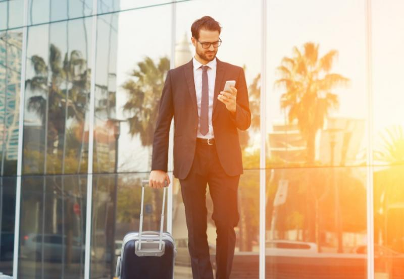 Holiday Help for the Do-It-Yourself Business Traveler