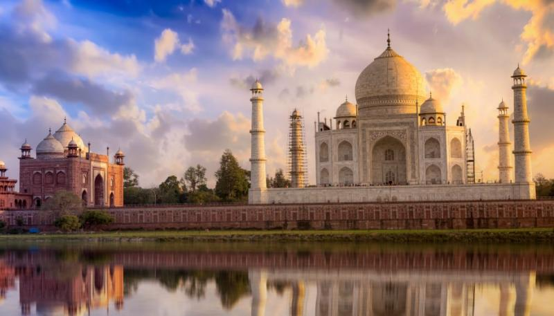 The Definitive Guide to Exploring India