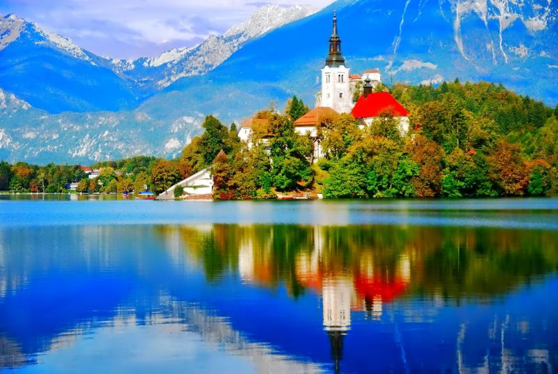 Slocally – Experience Slovenia with Locals