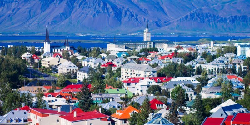 Introducing Season Tours Iceland