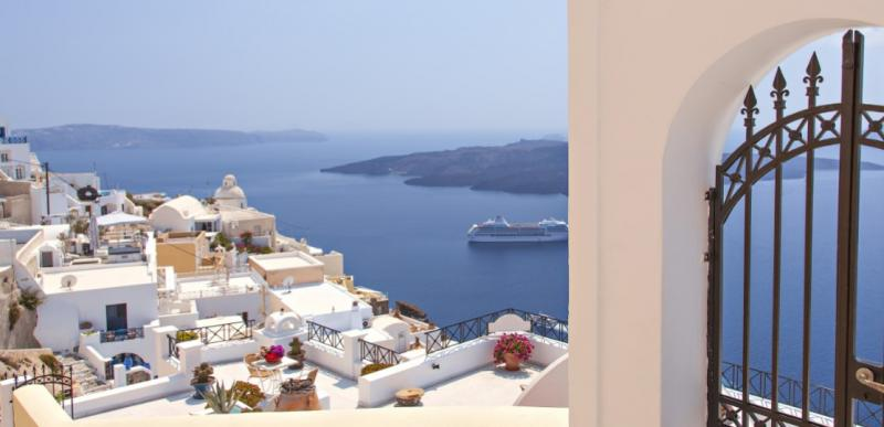 A Personal Approach to Santorini