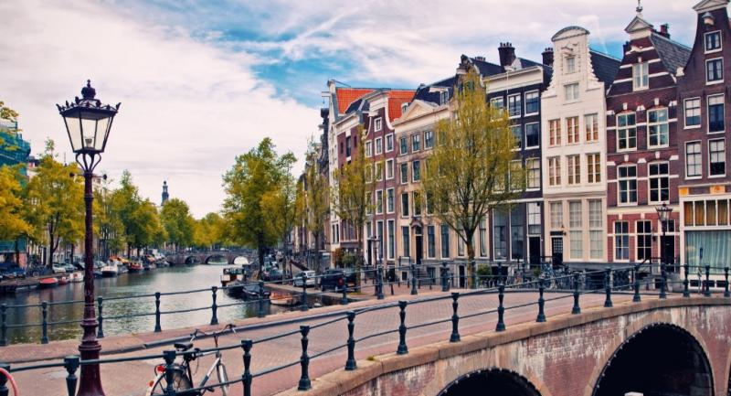 Amsterdam by Neighbourhood