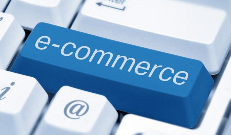 the many ways in which e commerce changes the retail world for the